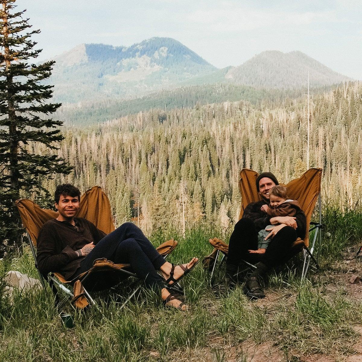 The Durt Family on a hillside