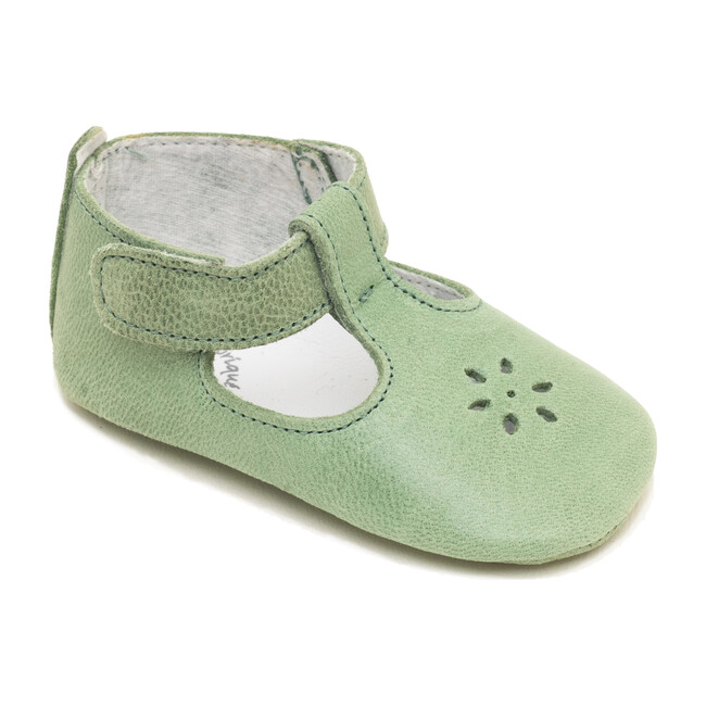Mae Shoe, Aqua