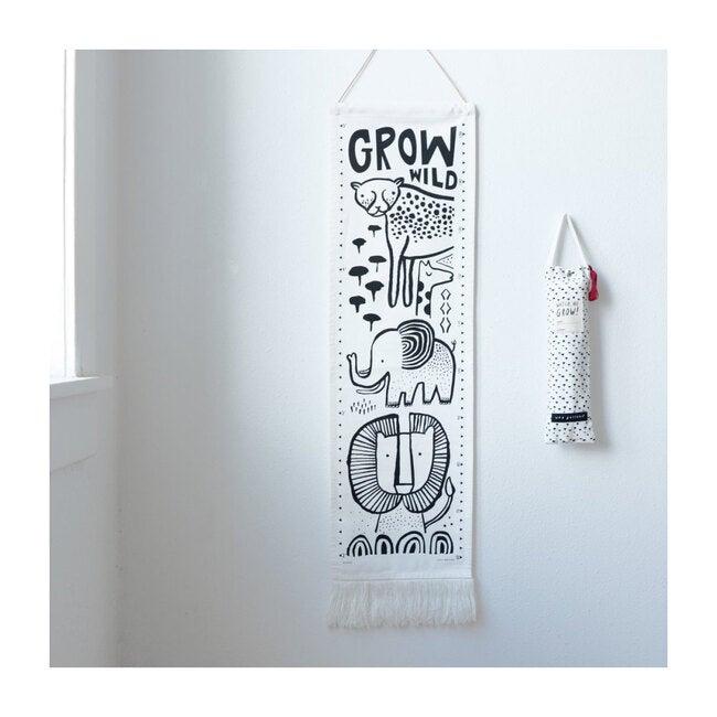 Canvas Growth Chart, Safari