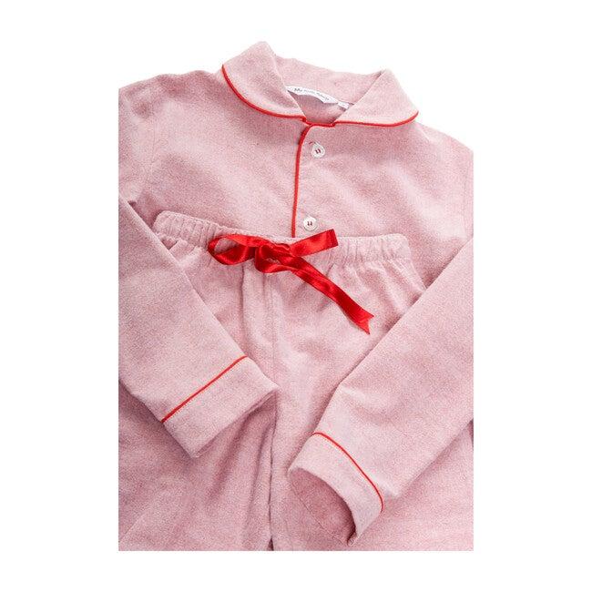 Cara Pyjamas, Red