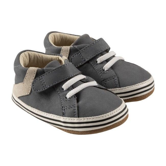 Adam First Kicks, Grey