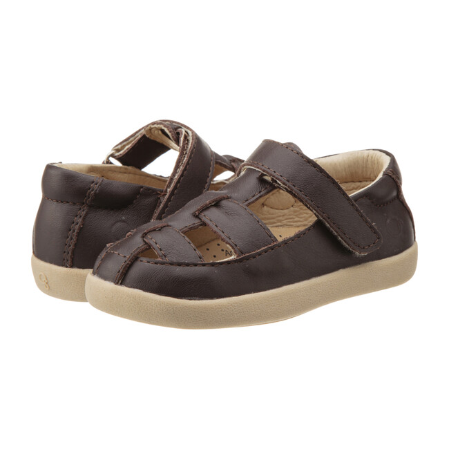 Oliver Mary Janes, Brown