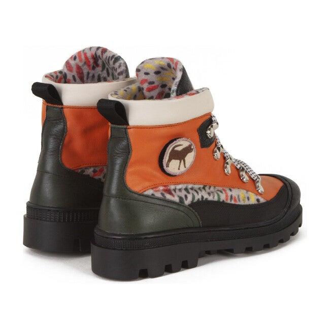 Pyrus Shoes, Taylor