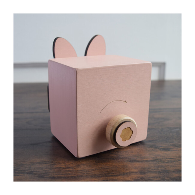 Menagerie Music Box, Rose Bunny