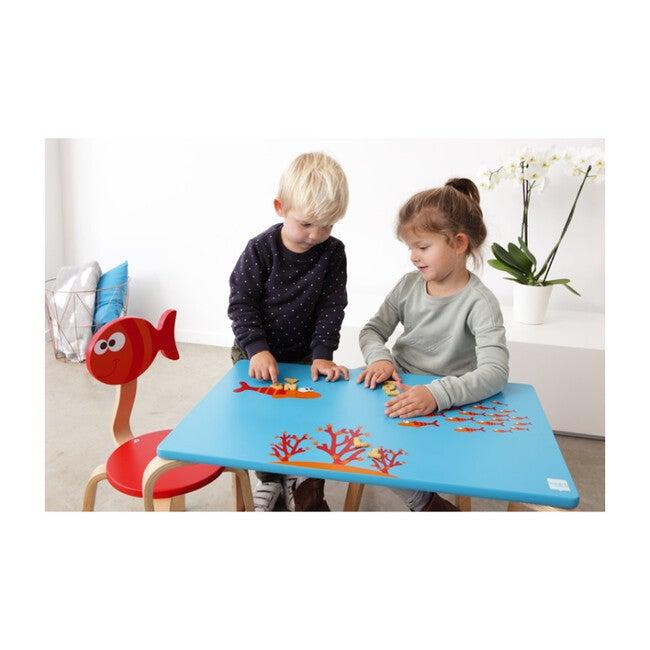 Play Chair, Fish
