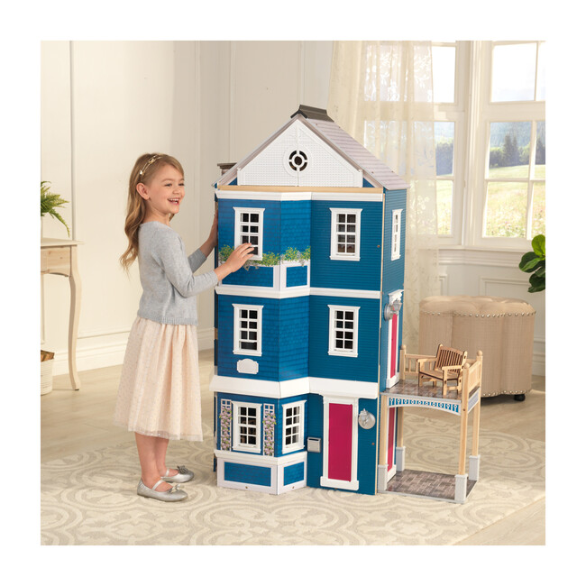 Grand Anniversary Dollhouse