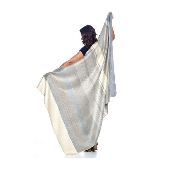 Alpaca Throw Blanket, Silver Birch