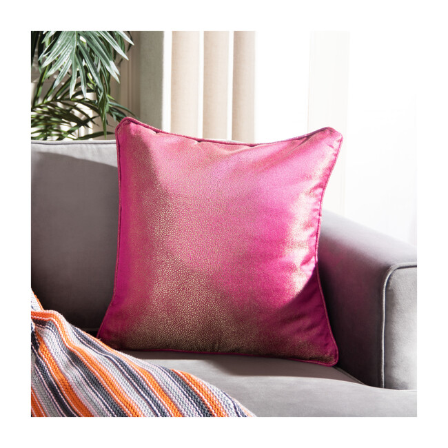 Bailee Pillow, Fuchsia