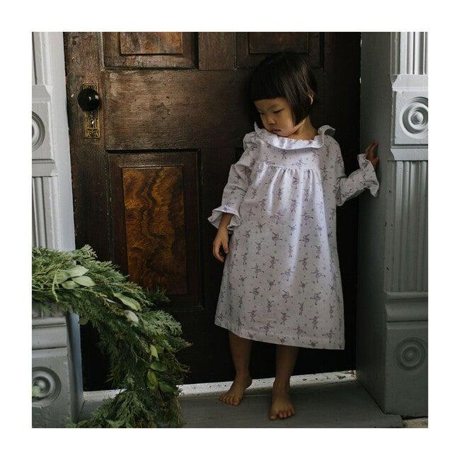 Scarlett Nightgown, Ice Dancer