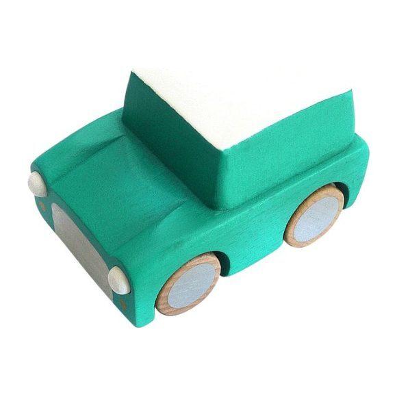 Kuruma Pull-Back Car, Green