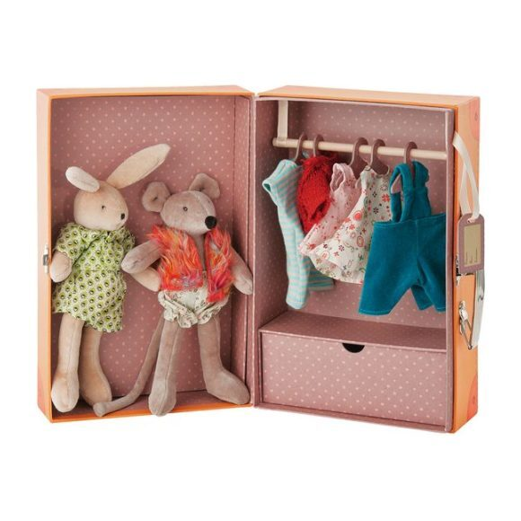 The Little Wardrobe with Dolls & Clothes