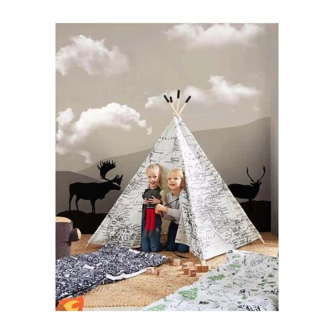 Around the World Play Tent
