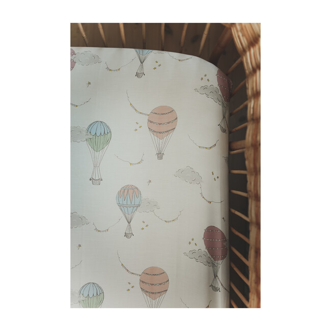 Touch The Sky Crib Sheet, Pink