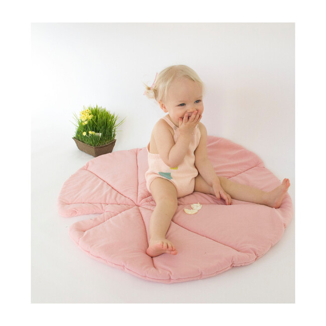 Lily Pad Playmat, Rose