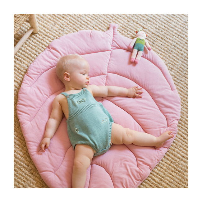 Leaf Pad Playmat, Rose