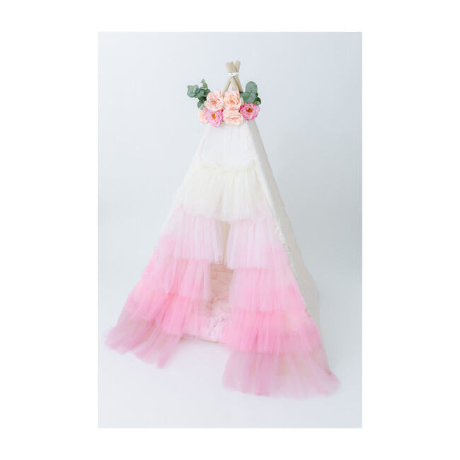 Ruffled Tulle Teepee, Pink Ombre