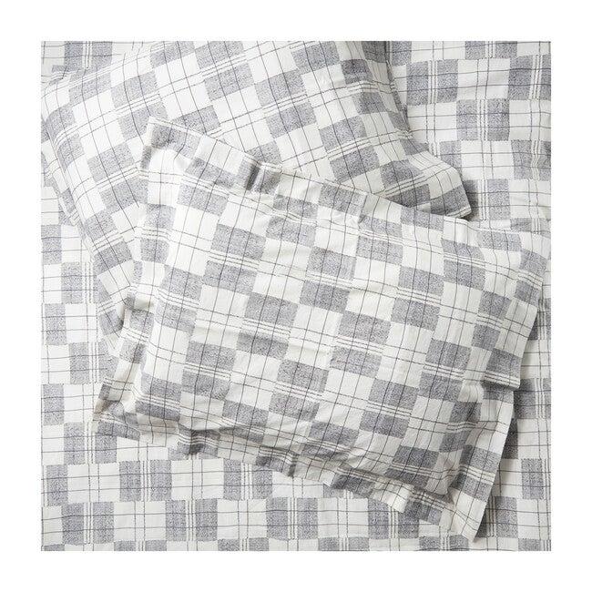 Set of 2 Mossi Standard Pillow Shams, Charcoal Plaid