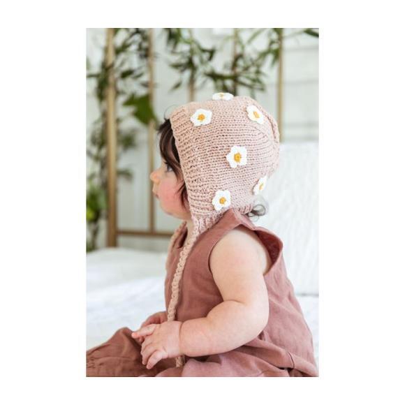 April Bonnet, Pink
