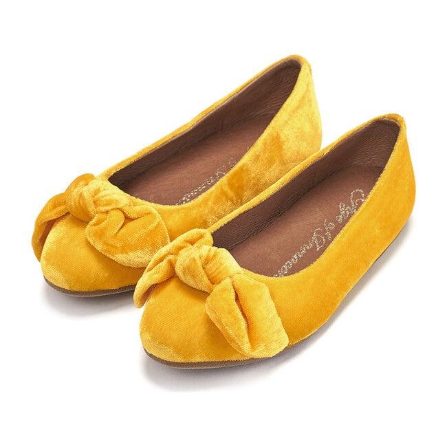 Poppy Flats, Yellow