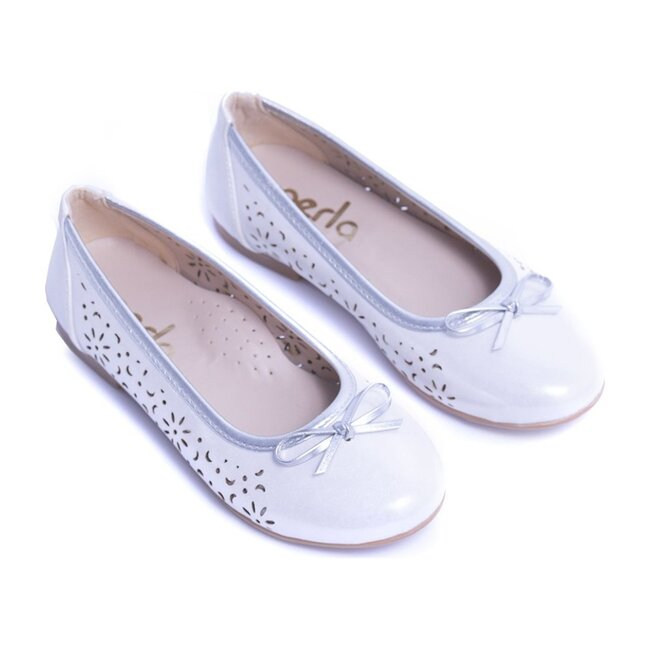 Toddler Floral Perforated Flats, White
