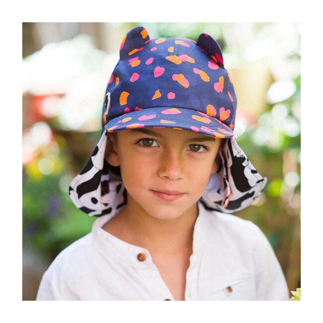The Cub Hat, Navykin