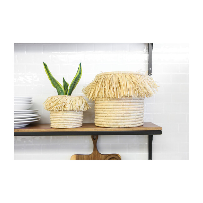 """8"""" Large Fringed Catchall, Natural"""