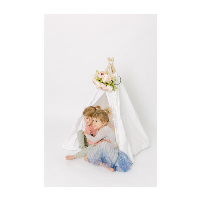 Taylor Itty Bitty Play Tent, White