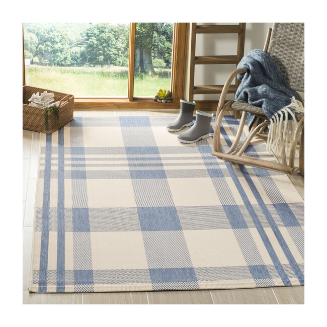 Courtyard Abigail Indoor/Outdoor Rug, Blue/Beige Plaid