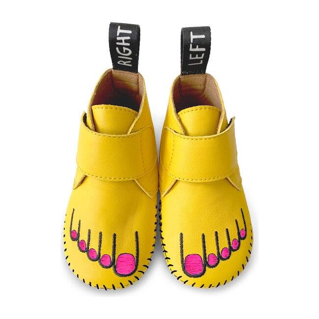 Footie Footie, Yellow