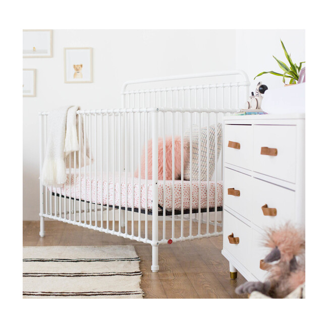 Winston 4-in-1 Convertible Crib, Washed White