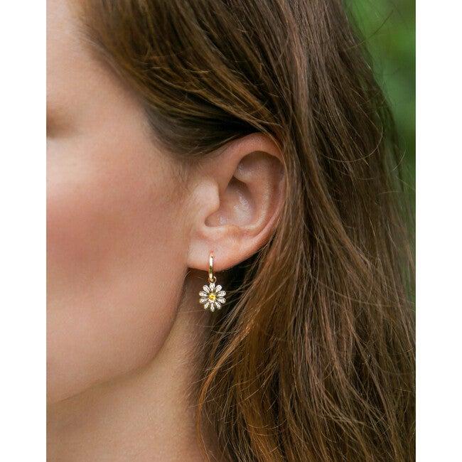 Women's Daisy Flower Charm Earrings