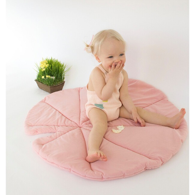 Lily Pad Playmat, Rose