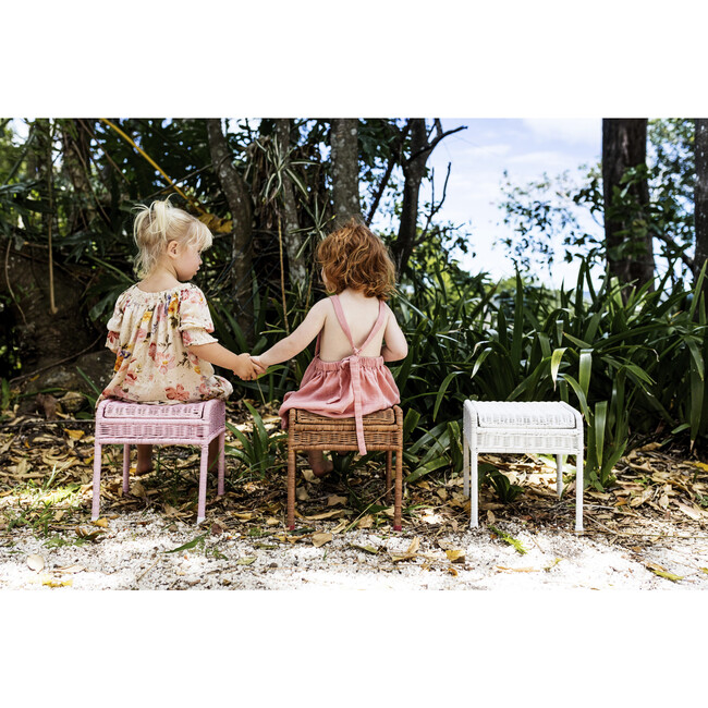 Storie Stool, Natural