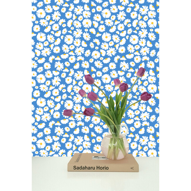 Pop Daisy Traditional Wallpaper, Cerulean