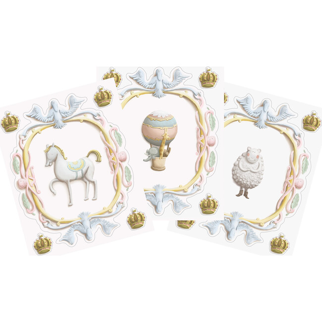 Set of 3 Large Scale Wall Crests, Crowns