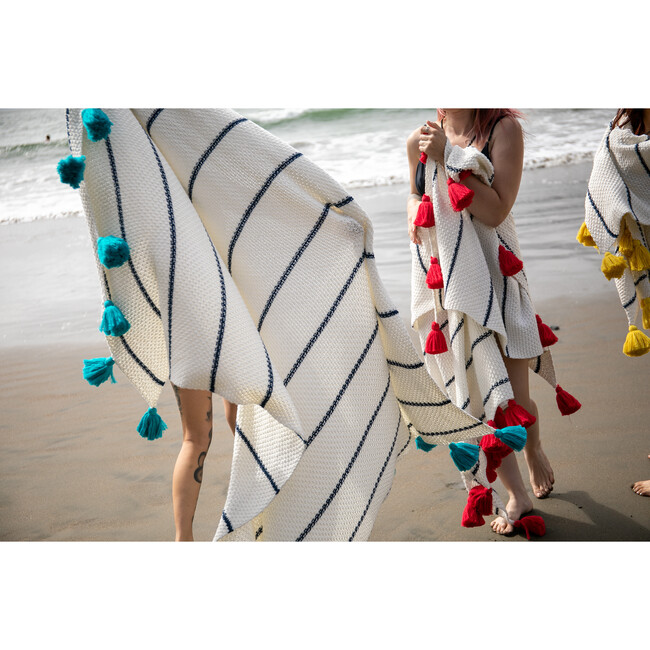 Dazzle Tassle Blanket, Cream/Blue