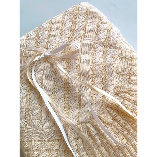Beige Knitted Blanket