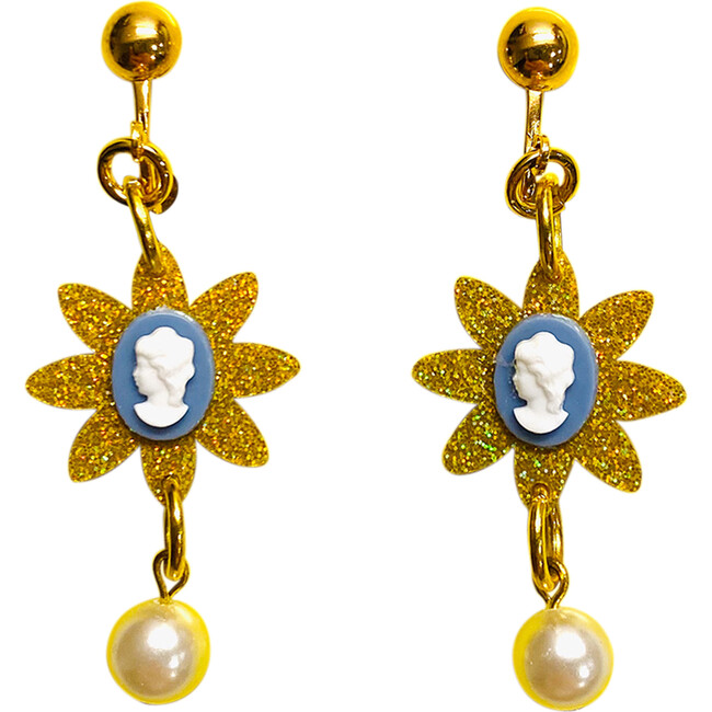 Cameo Pearl Love Clip On Earrings