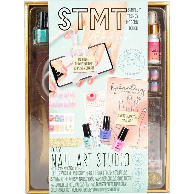 DIY Nail Art Studio