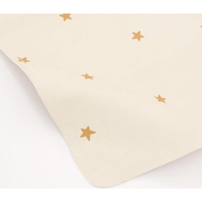Micro Mat, Stars