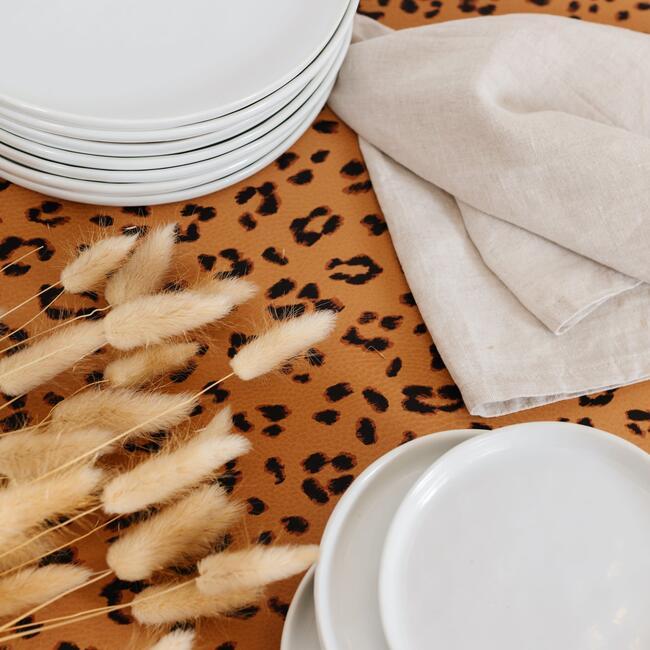 Tablecloth, Leopard