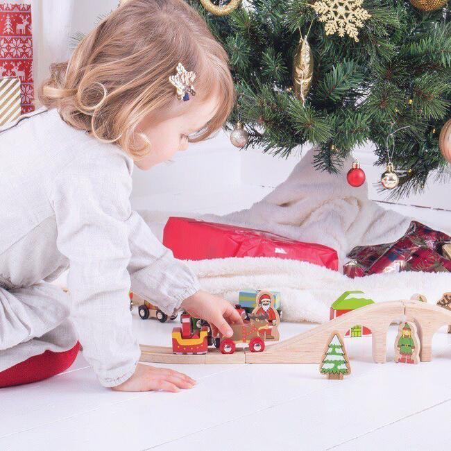 Santa Sleigh with Reindeer (4)