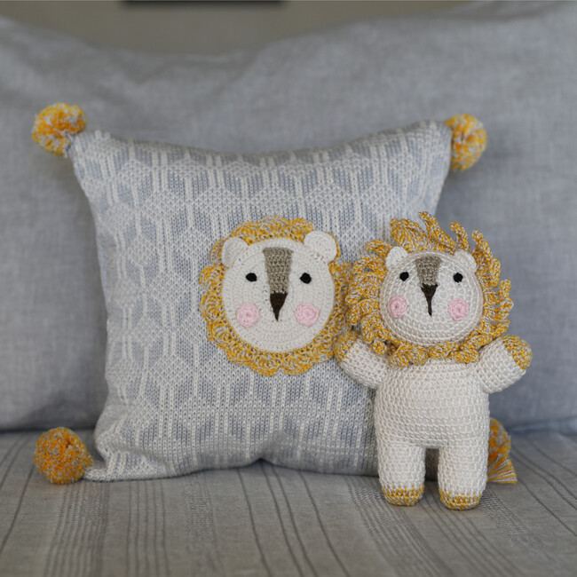 Lion Pillow, Grey/Mustard