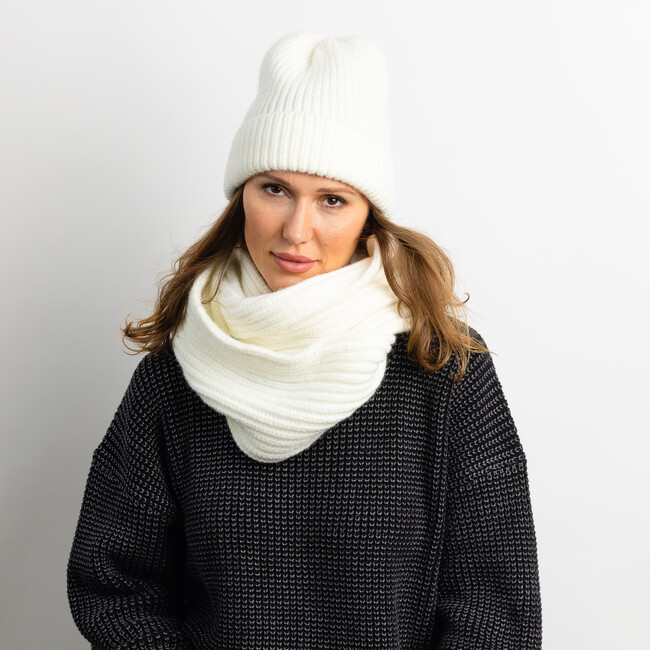 Women's Lodge Knit Loop Scarf, Winter White