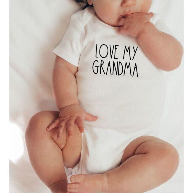 Love My Grandma S/S Bodysuit, Natural
